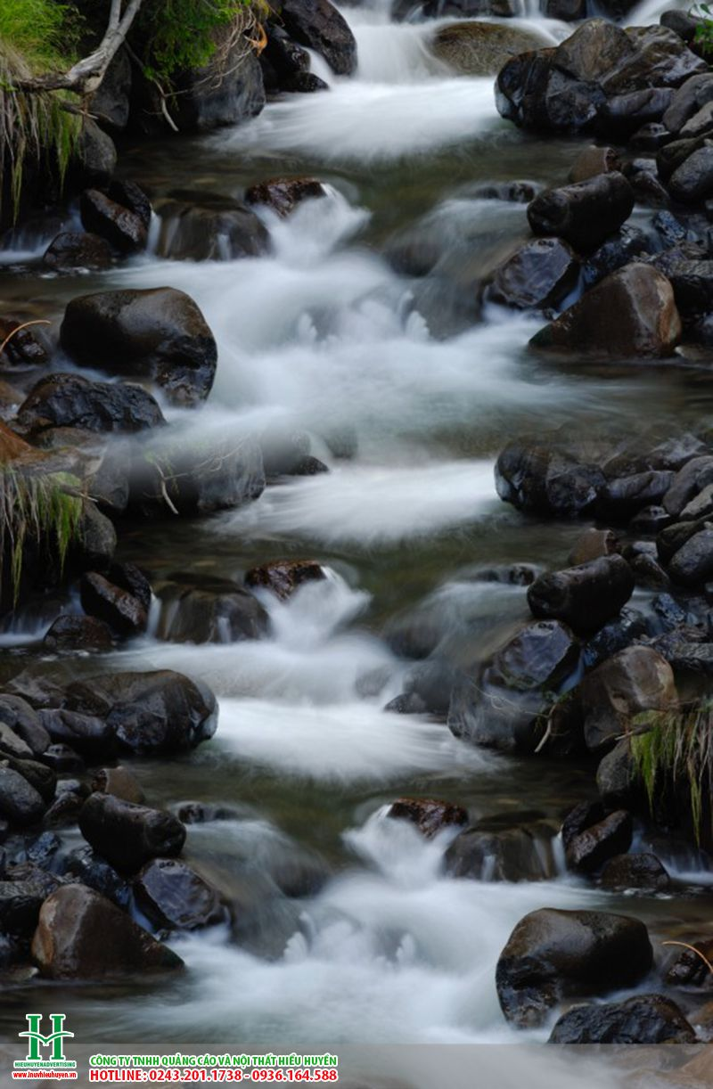 tranh gạch thác nước ốp tường đẹp