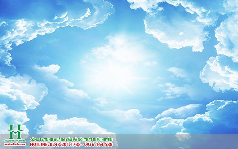 trần xuyên sáng in bầu trời xanh làm trần trung tâm thương mại đẹp