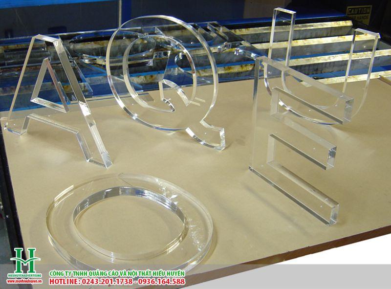 cắt CNC trên nhựa rẻ