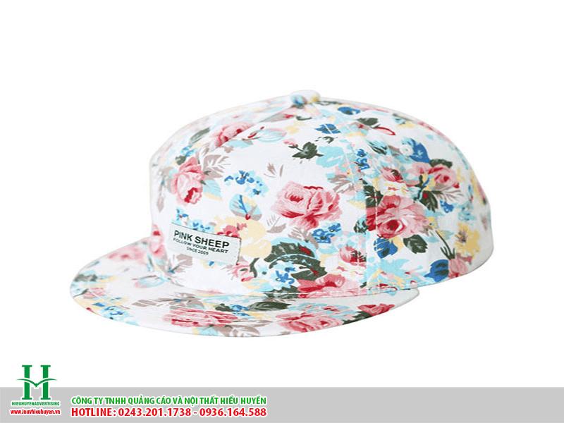 in hình hoa lên mũ nón