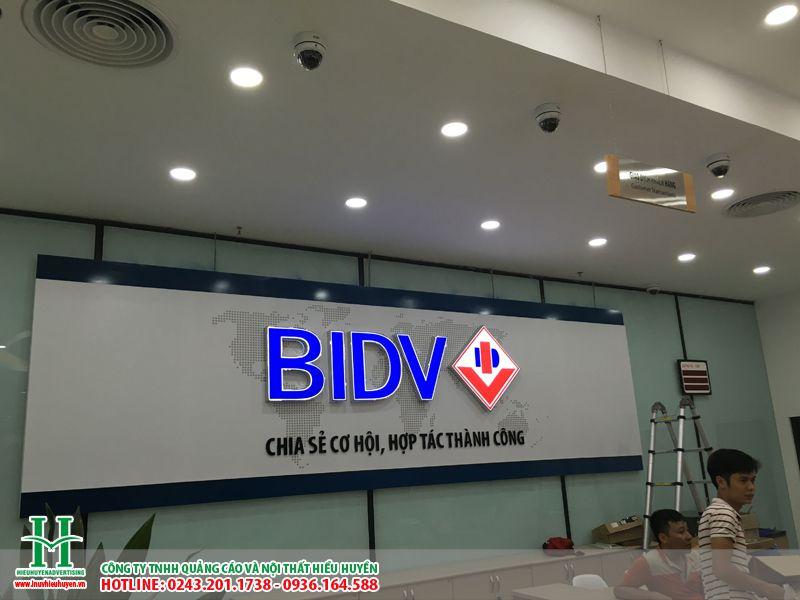Làm biển quảng cáo chữ nổi mica cho BIDV