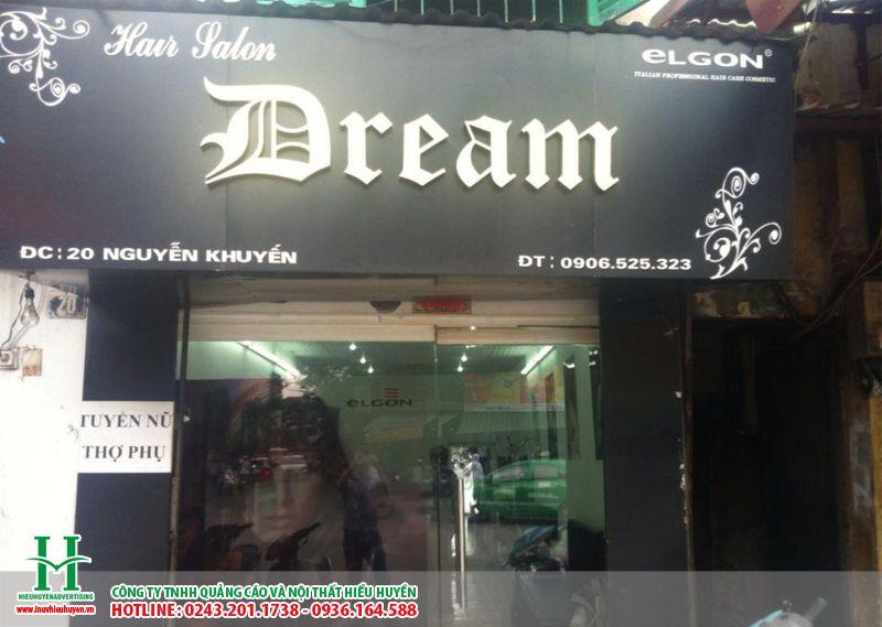 Làm biển quảng cáo chữ nổi mica cho cửa hàng salon